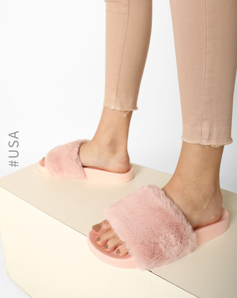 qupid-faux-fur-flat-sliders.jpg